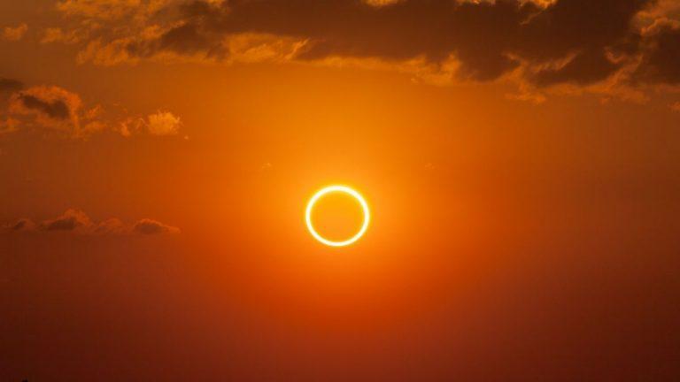 """[ARTÍCULO DESTACADO]""""El eclipse del 21, desde todos los puntos de vista."""""""