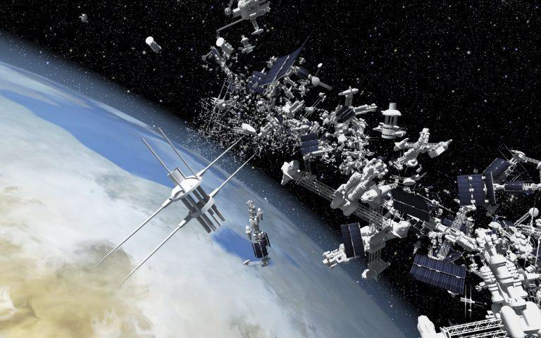 ¿Qué se hace con los satélites en desuso?