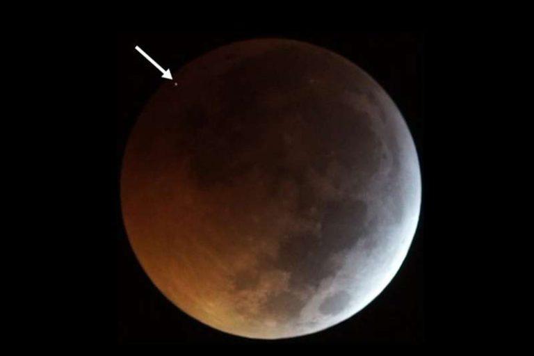 Durante la Luna de sangre nuestro satélite natural fue impactado. [VIDEO]