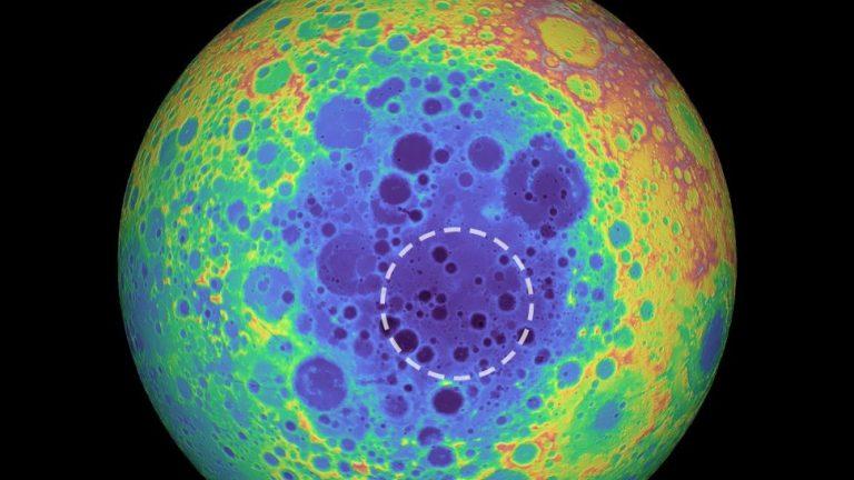 ¿Es el metal del polo sur lunar parte de un gran asteroide?