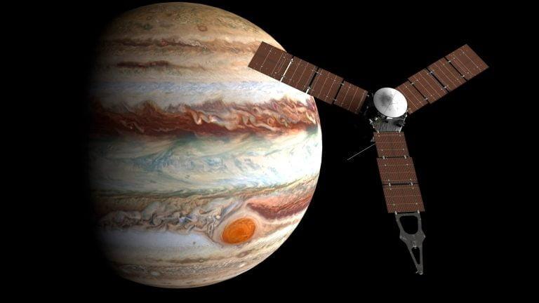 JunoCam captura un hermoso eclipse solar en Júpiter [FOTOGRAFÍA].