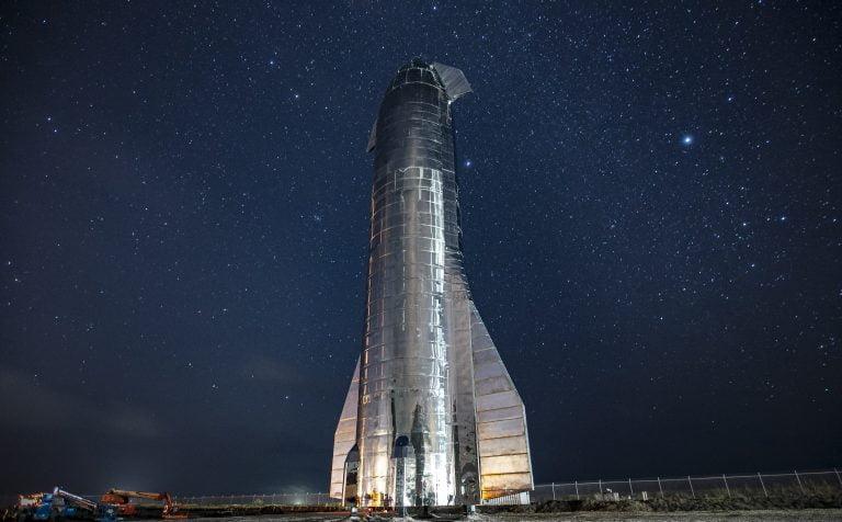 SpaceX apunta a los viajes interplanetarios.
