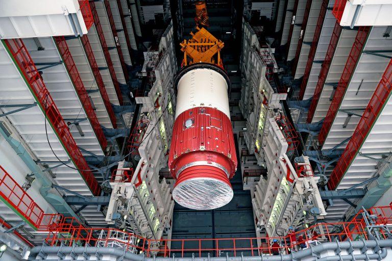 ¿Qué funciones cumple el satélite que India envió ayer al espacio?