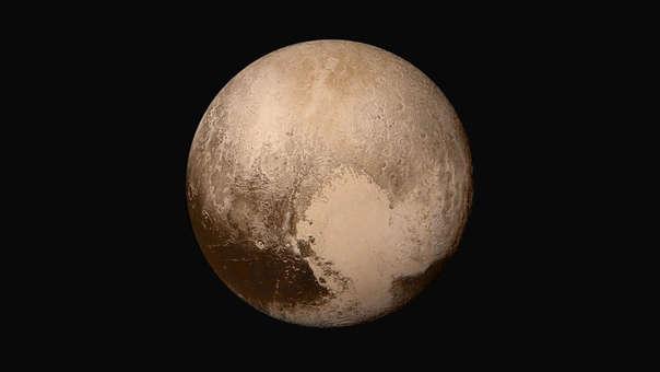 """NASA descubre nuevos detalles del """"corazón"""" gélido de Plutón."""