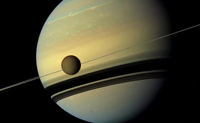 Se descubrió una molécula extraña en la atmósfera de Titán.